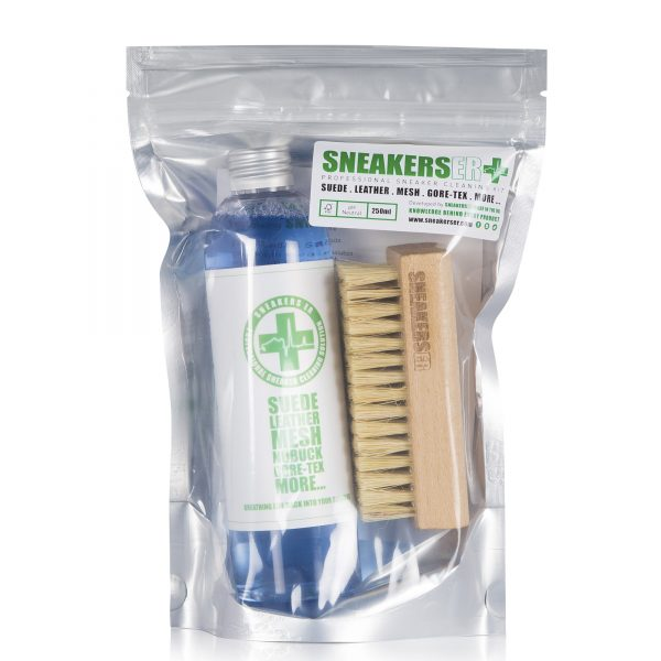 sneakerser_professional_sneaker_cleaning_kit_250ml_solution_and_brush_packaging_sneakers_er_4c151a10-260f-43f0-a36c-eeb554d5ba3f