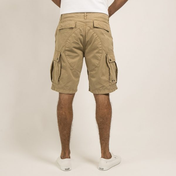 evergreen_shorts_container_stone__ams74711000